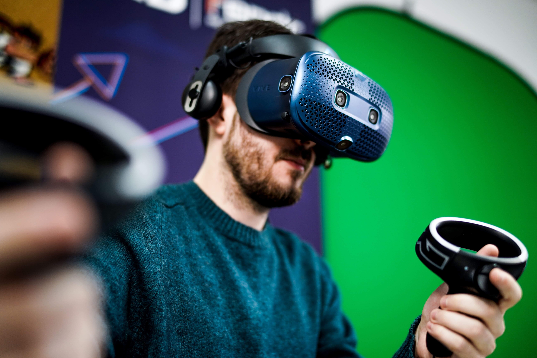 Escuela de Videojuegos MasterD
